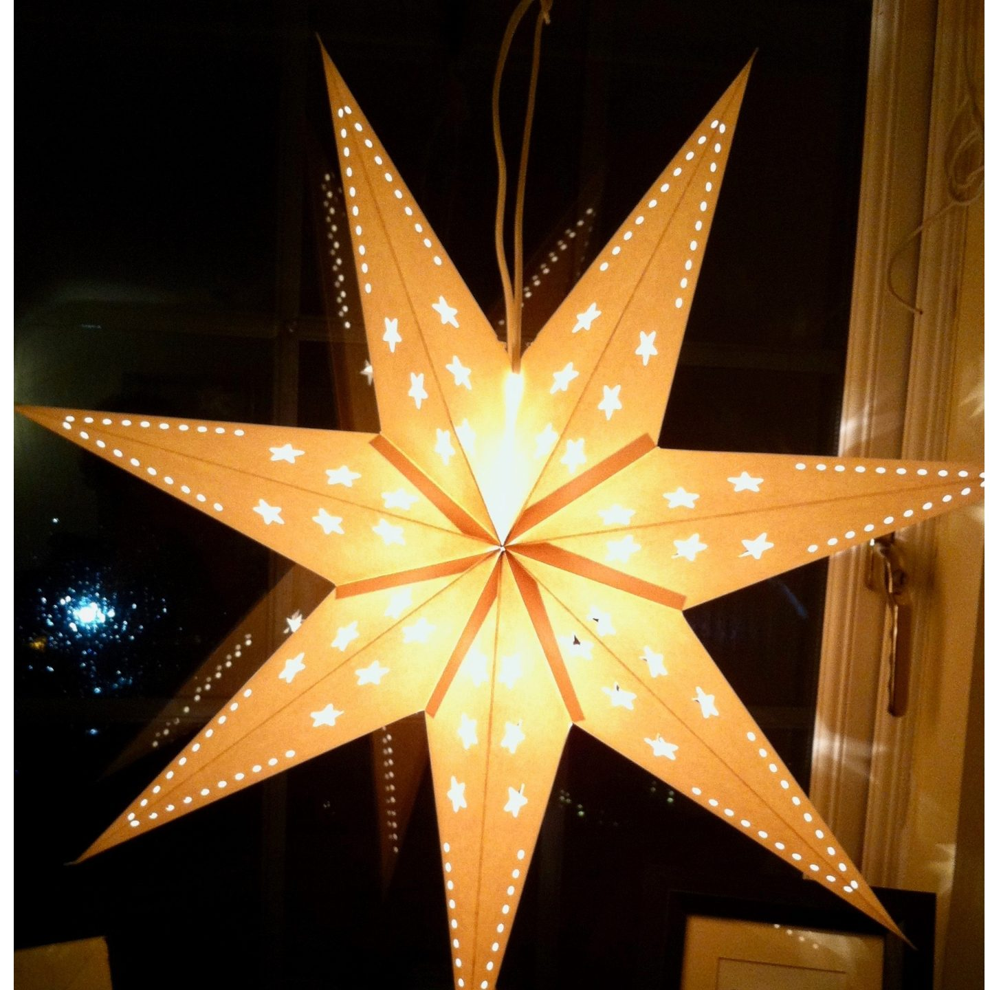 christmas-star-feeling-festive